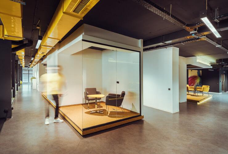 Малък офис кабинет