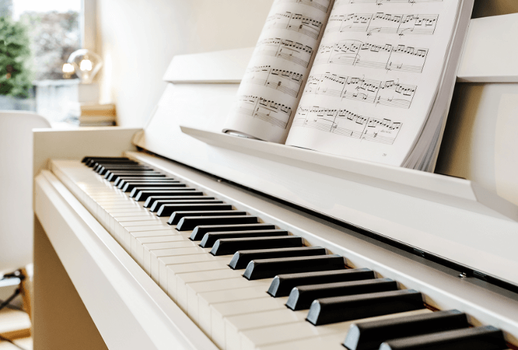 Интериор на къща - пиано