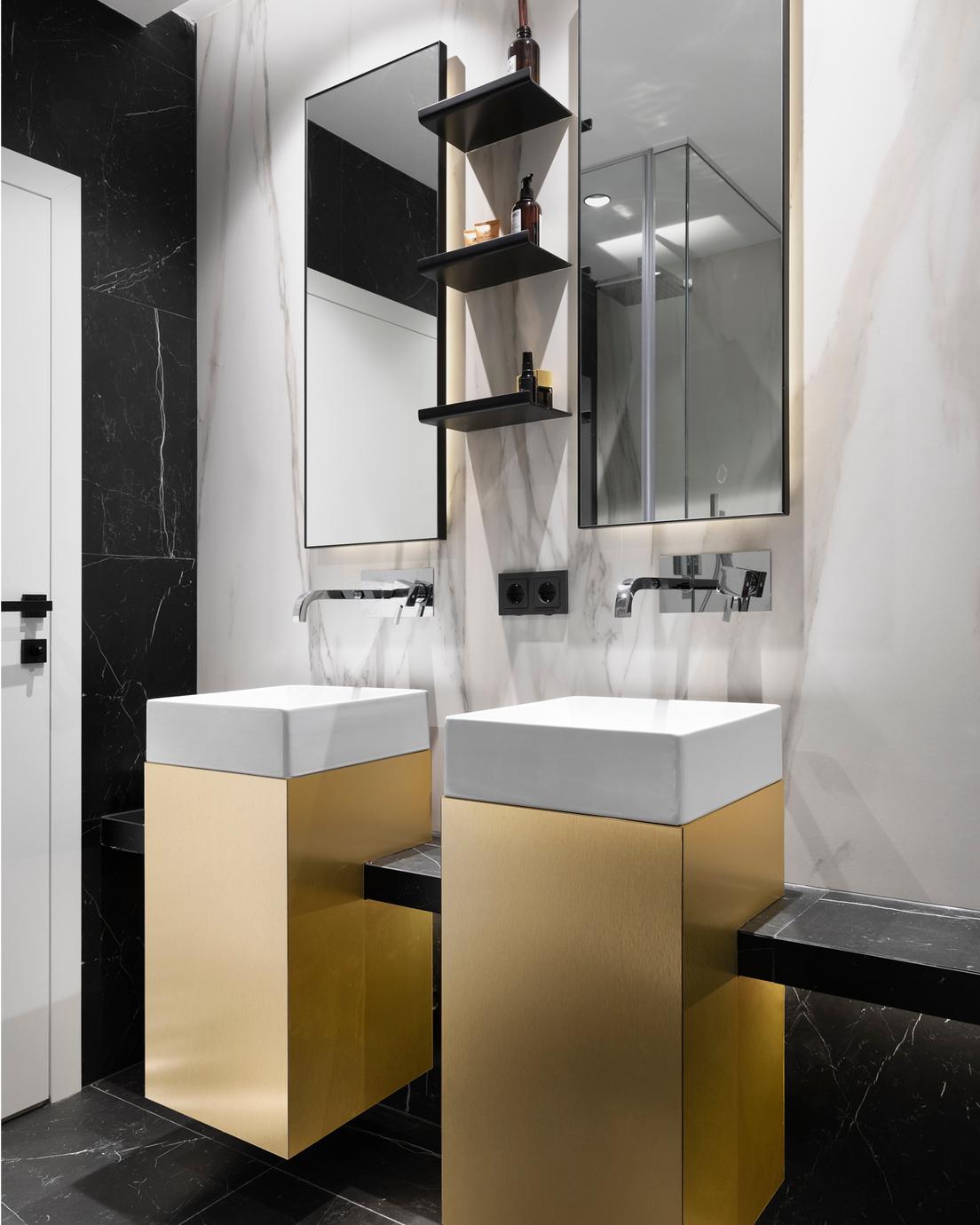 Флора гарден - интериорен дизайн на баня